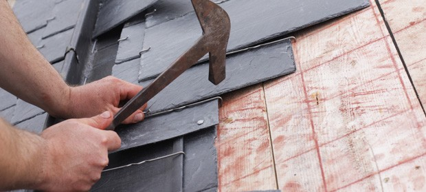 Putting new slate tiles on a roof